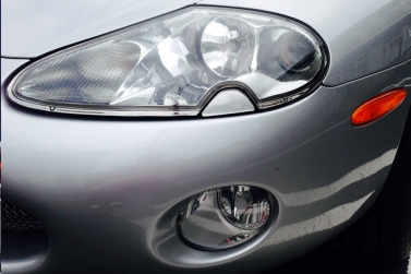 jaguar-xkr-silverstone-front-lights