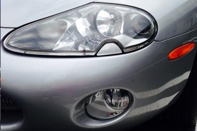 jaguar-xkr-silverstone-front-lights