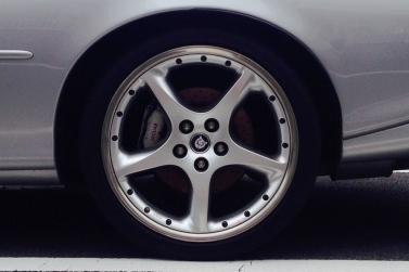 jaguar-xkr-silverstone-alloy-wheels
